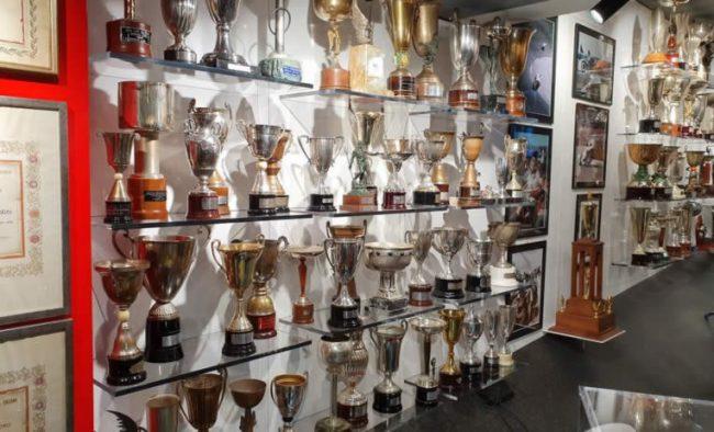 Cómo decorar usando los trofeos personalizados
